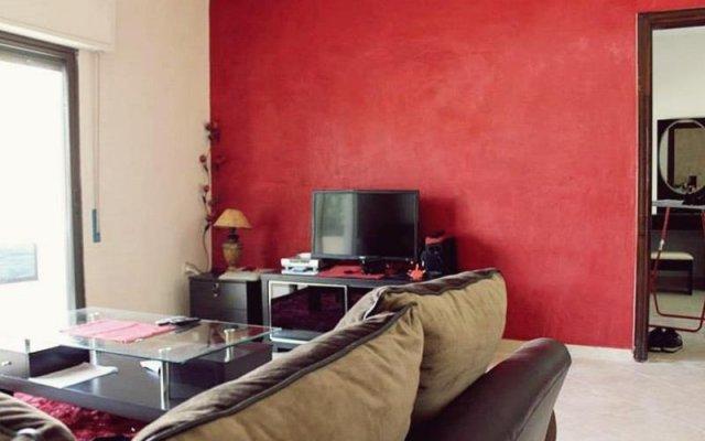 Отель Old View Furnished Apartment Иордания, Амман - отзывы, цены и фото номеров - забронировать отель Old View Furnished Apartment онлайн комната для гостей
