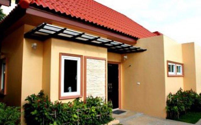 Отель Andaman Villa вид на фасад