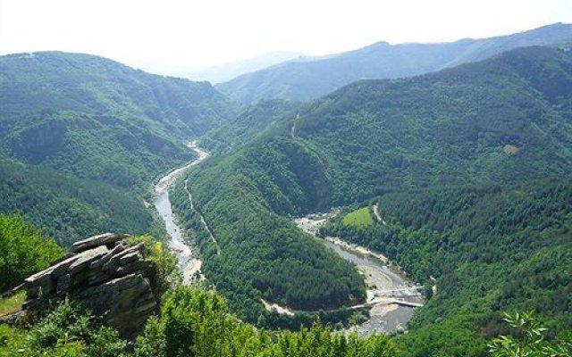 Отель Melanya Mountain Retreat Болгария, Ардино - отзывы, цены и фото номеров - забронировать отель Melanya Mountain Retreat онлайн приотельная территория