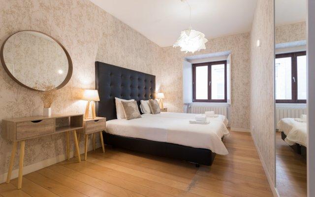 Апартаменты Chiado Modern Three-Bedroom Apartment - by LU Holidays комната для гостей