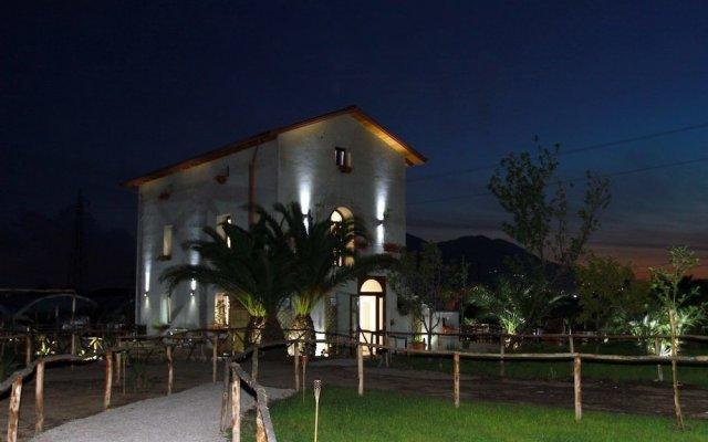 Отель Casale Alpega Сарно вид на фасад