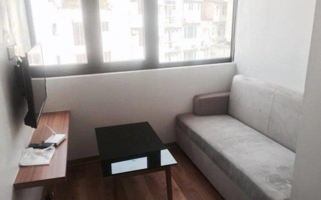 Отель An Nguyen Building комната для гостей