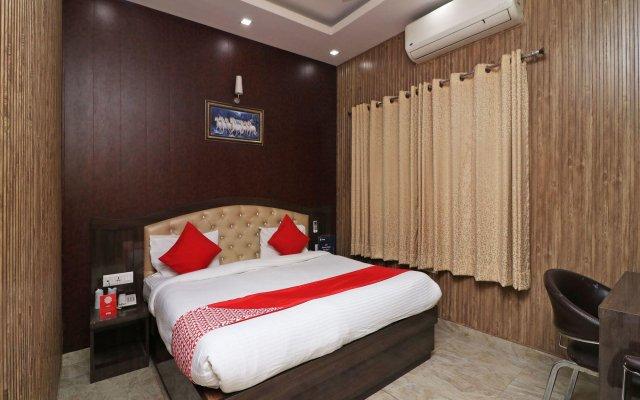 Отель OYO Rooms Bus Stand Gurgaon комната для гостей