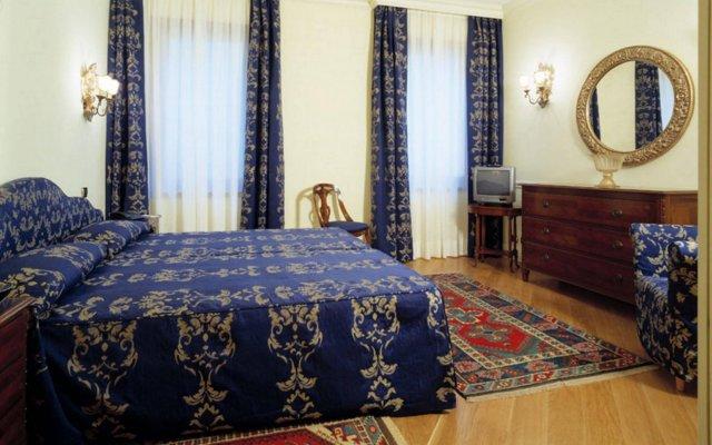 Отель Suites Torre dell'Orologio Италия, Венеция - отзывы, цены и фото номеров - забронировать отель Suites Torre dell'Orologio онлайн комната для гостей