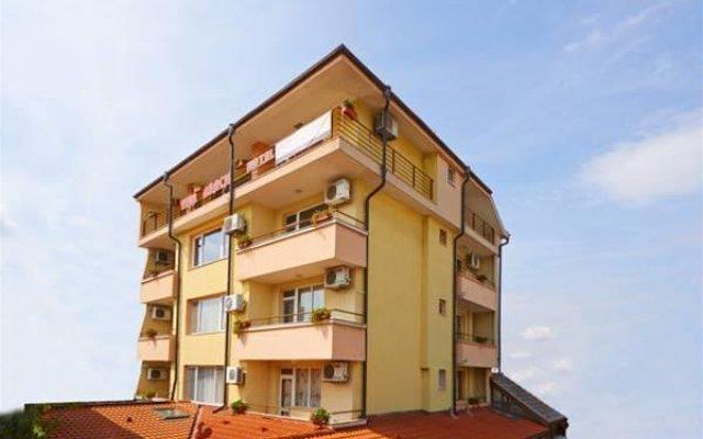 Отель Вива Бийч Болгария, Поморие - отзывы, цены и фото номеров - забронировать отель Вива Бийч онлайн вид на фасад