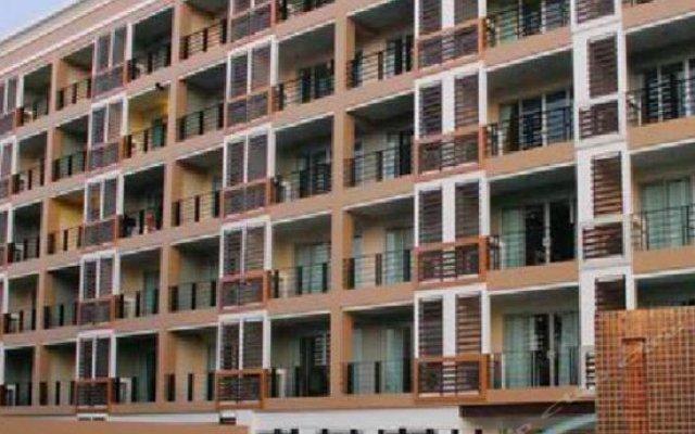 Отель August Suites Pattaya Паттайя вид на фасад