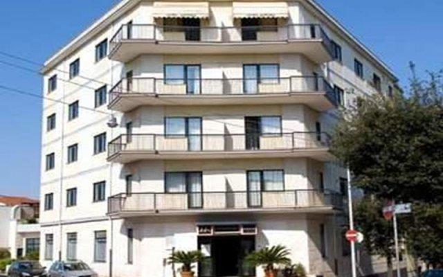 Hotel Astoria Альберобелло вид на фасад