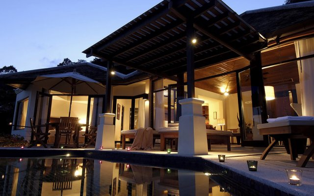 Отель IndoChine Resort & Villas вид на фасад