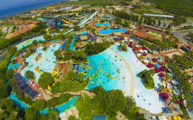 Aqua Fantasy Aquapark Hotel & Spa - All Inclusive вид на фасад