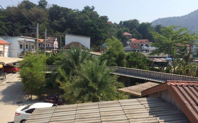 Отель B Happy Resort Камала Бич балкон