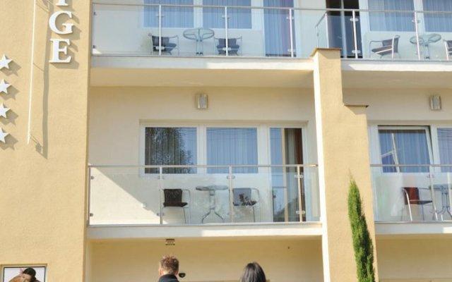 Отель Prestige House Венгрия, Хевиз - отзывы, цены и фото номеров - забронировать отель Prestige House онлайн вид на фасад