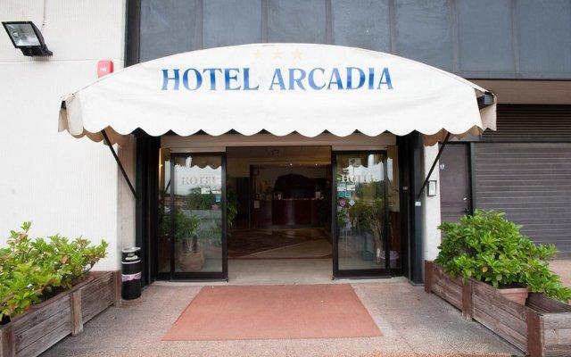 Hotel Arcadia вид на фасад