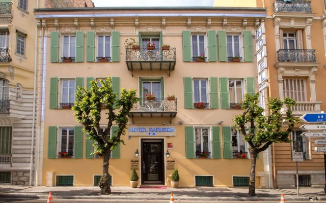 Hotel Parisien вид на фасад