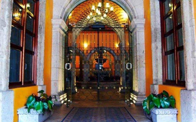 Отель Morales Historical And Colonial Downtown Core Гвадалахара вид на фасад