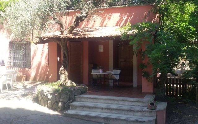 Отель La Dolce Casetta Италия, Гроттаферрата - отзывы, цены и фото номеров - забронировать отель La Dolce Casetta онлайн вид на фасад