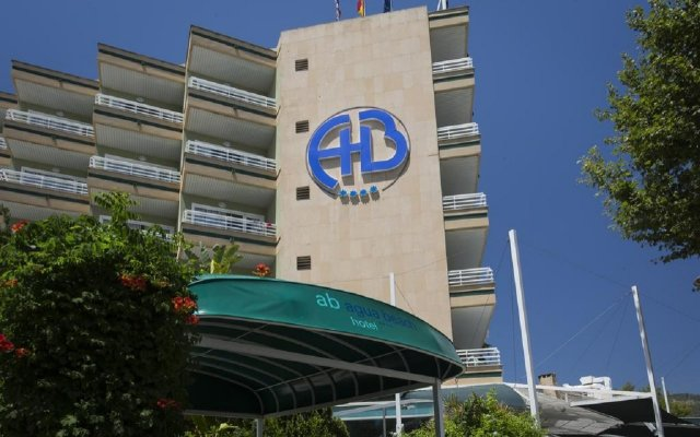 Отель Agua Beach Испания, Пальманова - отзывы, цены и фото номеров - забронировать отель Agua Beach онлайн вид на фасад