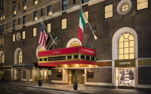 The Michelangelo Hotel вид на фасад