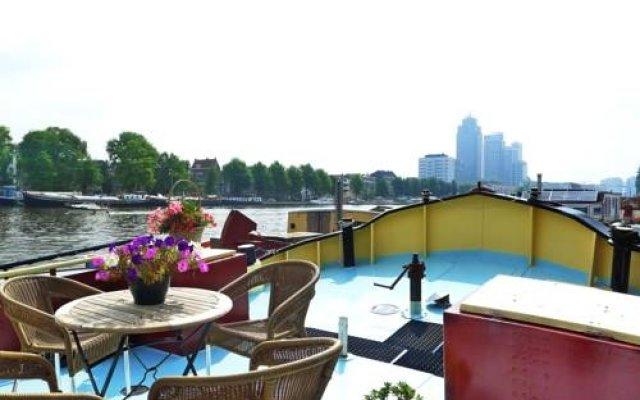 Отель Hotelboat Ideaal Нидерланды, Амстердам - отзывы, цены и фото номеров - забронировать отель Hotelboat Ideaal онлайн балкон