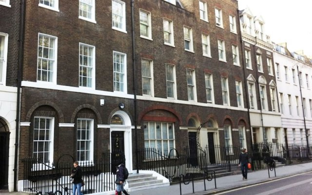 Апартаменты Acorn of London - Gower Apartments Лондон вид на фасад