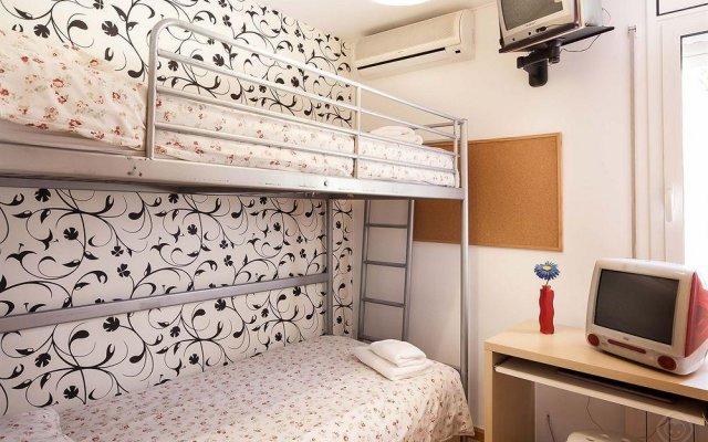 Отель Gracia Apartments Испания, Барселона - отзывы, цены и фото номеров - забронировать отель Gracia Apartments онлайн комната для гостей