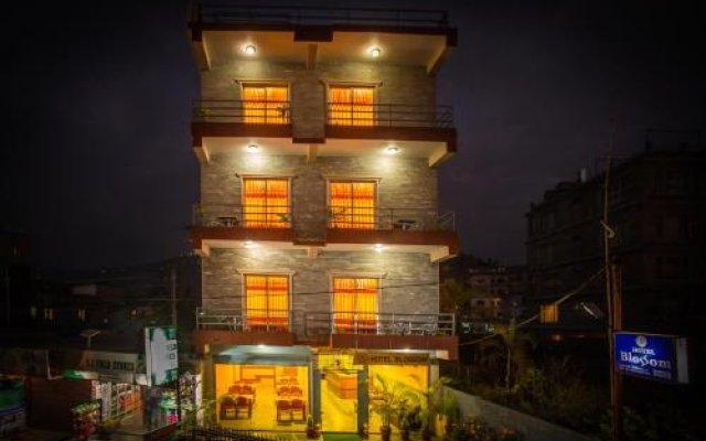 Отель Blossom Непал, Покхара - отзывы, цены и фото номеров - забронировать отель Blossom онлайн вид на фасад