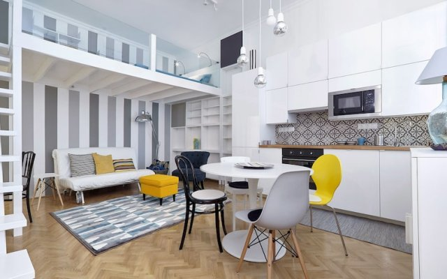Отель Standard Apartment by Hi5 - Chainbridge Венгрия, Будапешт - отзывы, цены и фото номеров - забронировать отель Standard Apartment by Hi5 - Chainbridge онлайн