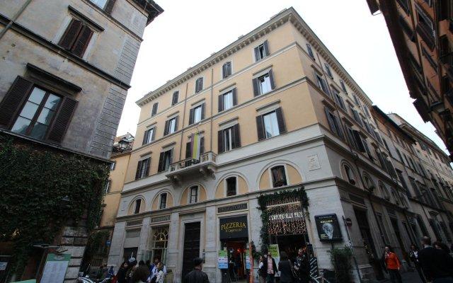 Отель Millina Suites In Navona вид на фасад