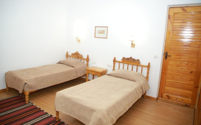 Отель Малика Классик