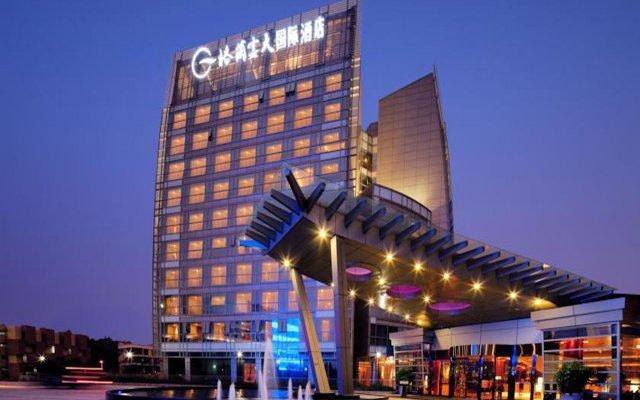 Grand Skylight International Hotel Shenzhen Guanlan Avenue вид на фасад