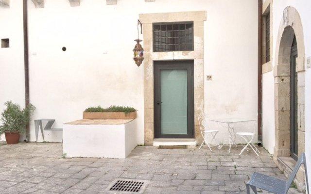 Отель Cortile Siciliano 124 Сиракуза вид на фасад