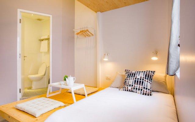 Nornyaowarat Hostel Бангкок комната для гостей