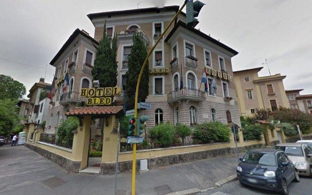 Hotel Bled вид на фасад