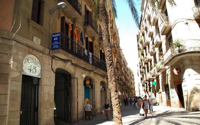 Отель Pensión 45 Испания, Барселона - отзывы, цены и фото номеров - забронировать отель Pensión 45 онлайн вид на фасад