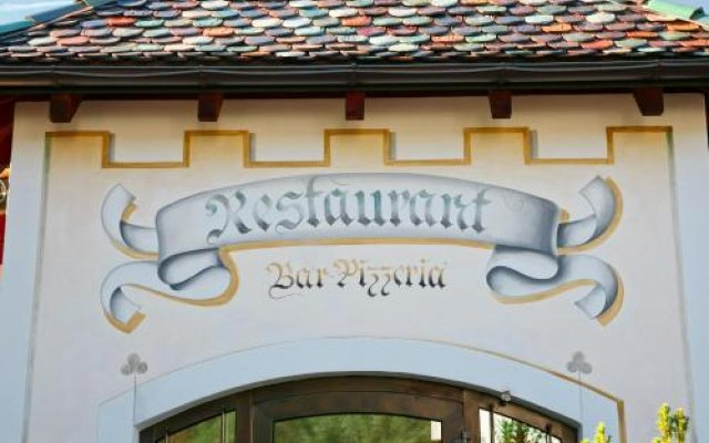 Hotel Unterrain Аппиано-сулла-Страда-дель-Вино вид на фасад