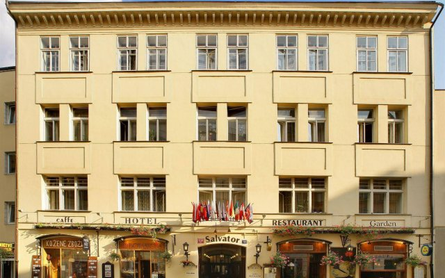 Hotel Salvator вид на фасад