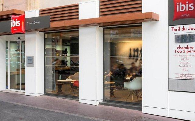 Отель Ibis Cannes Centre Франция, Канны - отзывы, цены и фото номеров - забронировать отель Ibis Cannes Centre онлайн вид на фасад