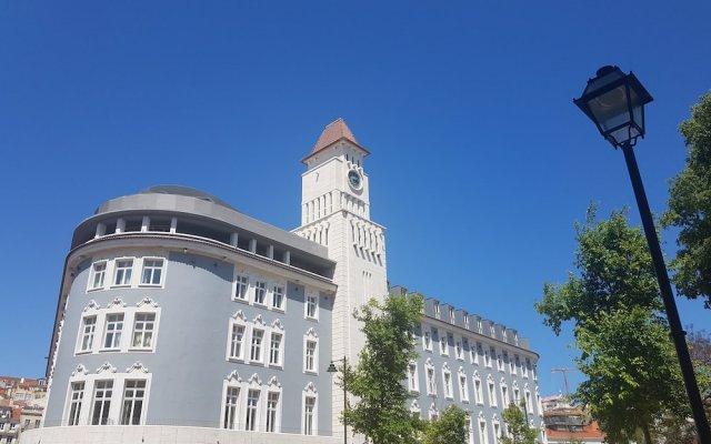 Апартаменты Orion ODM Lisbon 8 Building Apartments вид на фасад