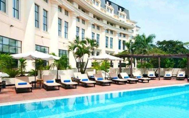 Отель Hilton Hanoi Opera с домашними животными