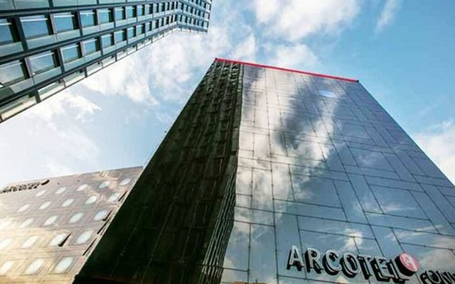 Отель ARCOTEL Onyx Hamburg вид на фасад