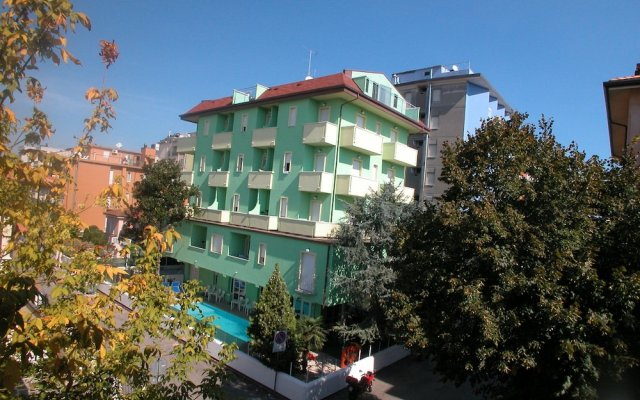 Отель Residence Eurogarden вид на фасад
