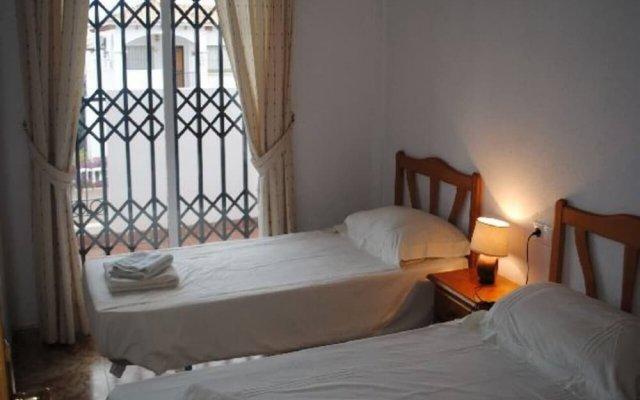 Отель La Cinuelica R15 Townhouse With 2 Comm Pools L143 Испания, Ориуэла - отзывы, цены и фото номеров - забронировать отель La Cinuelica R15 Townhouse With 2 Comm Pools L143 онлайн комната для гостей