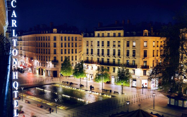 Hotel Carlton Lyon - MGallery By Sofitel вид на фасад