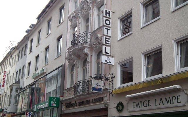 Beethoven Hotel Бонн вид на фасад