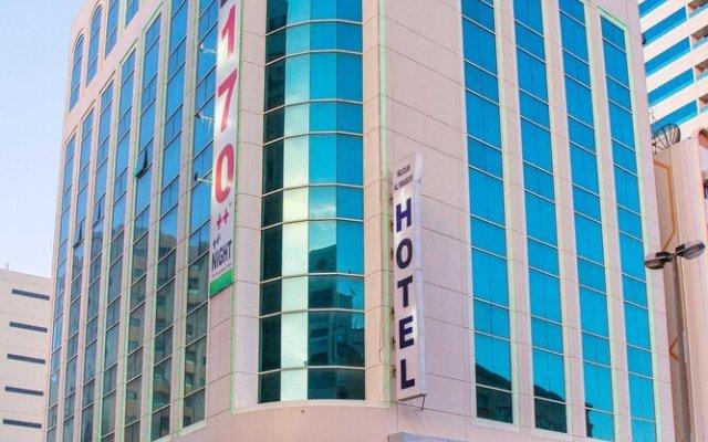 Отель Sharjah Oasis Amidst The Golden Sands - 1 Br Apts ОАЭ, Шарджа - отзывы, цены и фото номеров - забронировать отель Sharjah Oasis Amidst The Golden Sands - 1 Br Apts онлайн вид на фасад