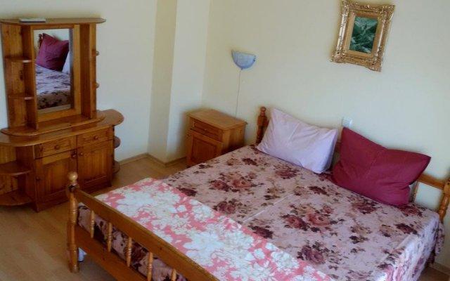 Отель Guest House Daniela Болгария, Поморие - отзывы, цены и фото номеров - забронировать отель Guest House Daniela онлайн комната для гостей