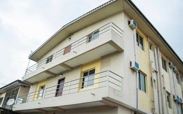 Отель Maxton Suites Magodo вид на фасад