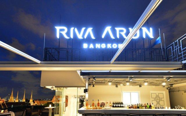 Отель Riva Arun Bangkok вид на фасад