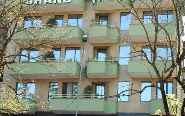Grand Hotel & Spa Tirana 0