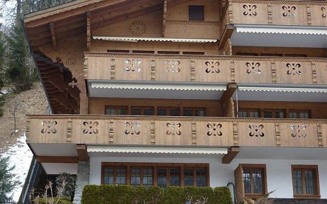 Отель Drive - Three Bedroom Швейцария, Гштад - отзывы, цены и фото номеров - забронировать отель Drive - Three Bedroom онлайн вид на фасад