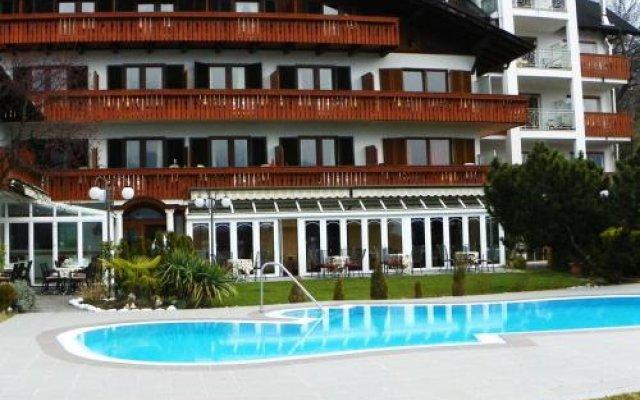 Отель Finkenhof Италия, Сцена - отзывы, цены и фото номеров - забронировать отель Finkenhof онлайн вид на фасад